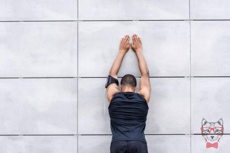 Slide Hands Close Up Wall Man 123Rf 94154287 Ml
