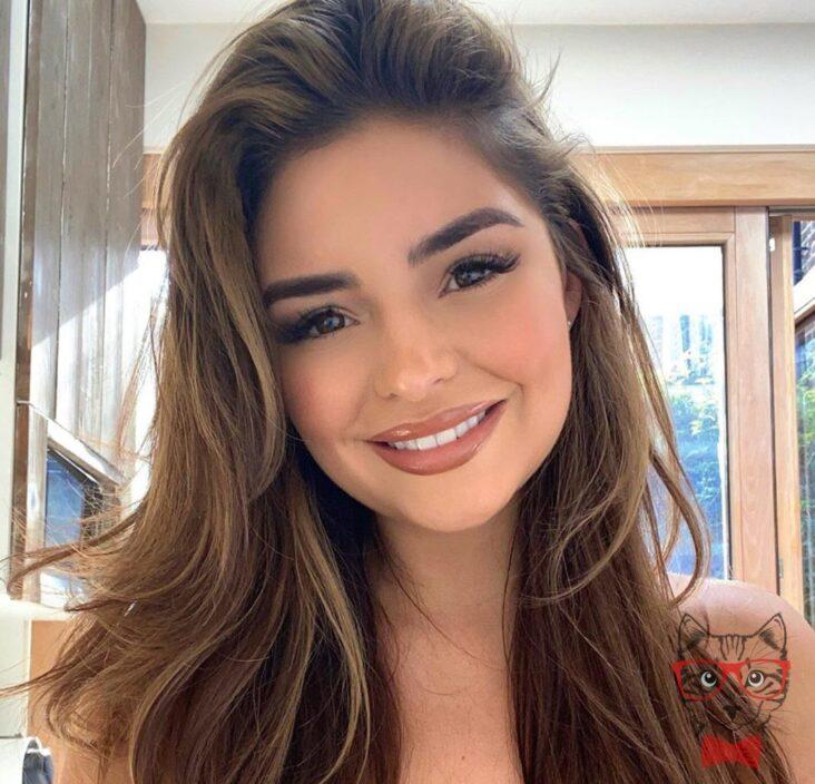 Demi Rose Headshot Profile Photo