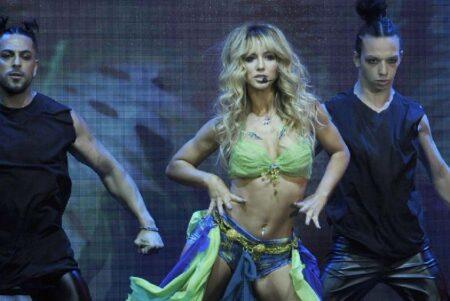 Flor Vigna Imitated Britney Spears. Web Photo. Flor Vigna Imitated Britney Spears. Web Photo.