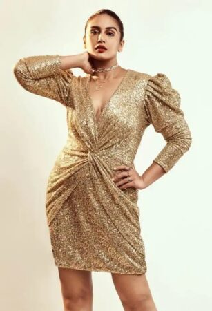 See Bollywood Actress Huma Qureshi Glamrous Photos Swag Will Win Your Heart 1625735398