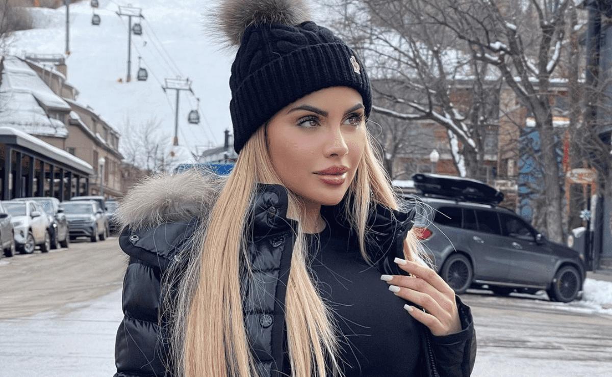 Alexa Dellanos 3