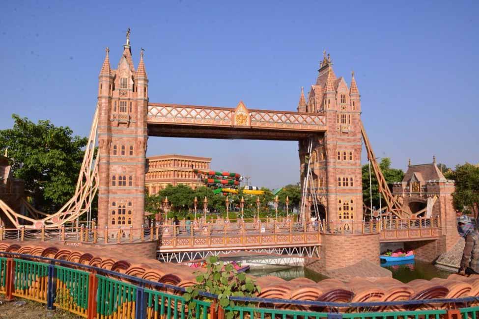 Blue World Theme Park 4