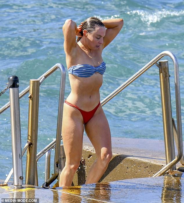 Bikini Babe Former Hi 5 Star Casey Burgess