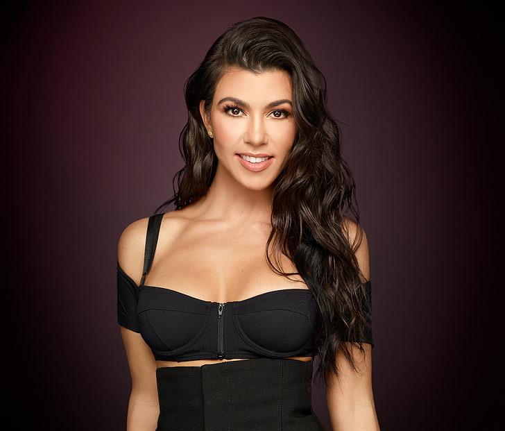 Kourtney Kardashian F