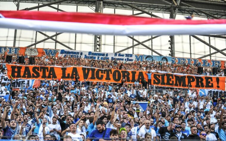 Om Supporters Praised The Memory Of Rene Malleville Before Kick Off