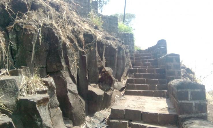 Rajpuri Caves 1