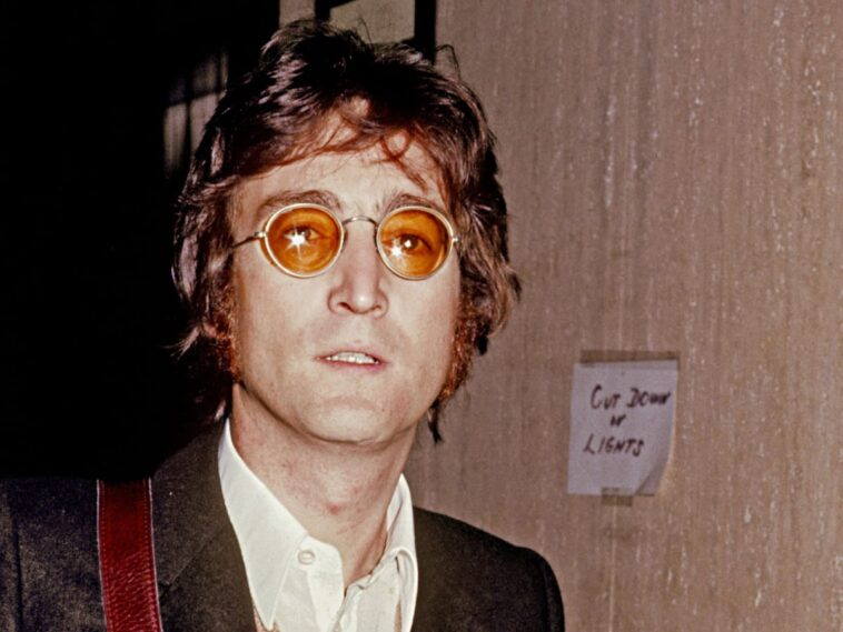 John Lennon Poses For A Photo Circa 1973 In New York City New York Photo By Vinnie Zuffante Michael Ochs Archives Getty Images