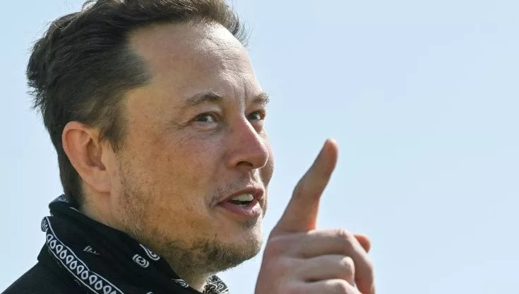 Elon Musk Makes Fun Of Jeff Bezos Im The Richest In The World